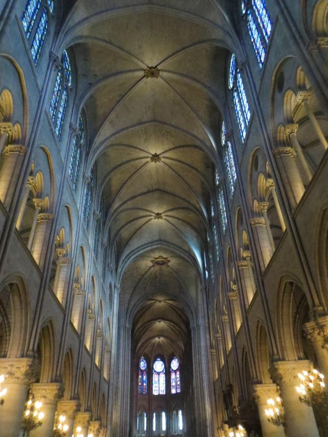 Notre-Dame: Interior